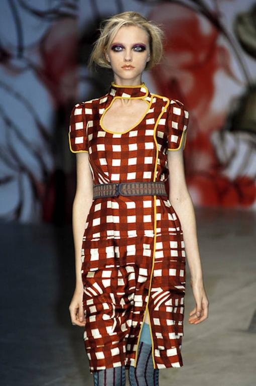 NEW Prada Asian-Inspired Ruched Printed Silk Dress For Sale 2
