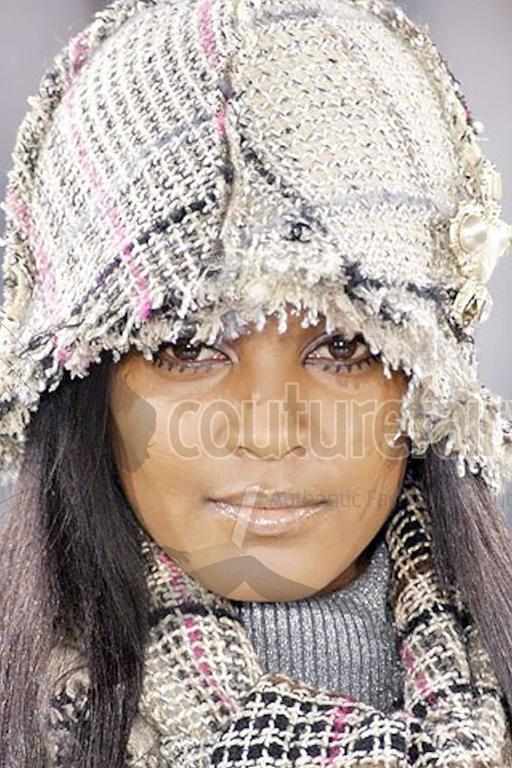Amazing Chanel Lesage Fringed Fantasy Tweed Hat For Sale 1