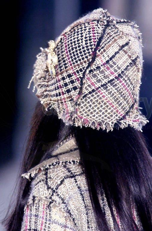 Amazing Chanel Lesage Fringed Fantasy Tweed Hat For Sale 3
