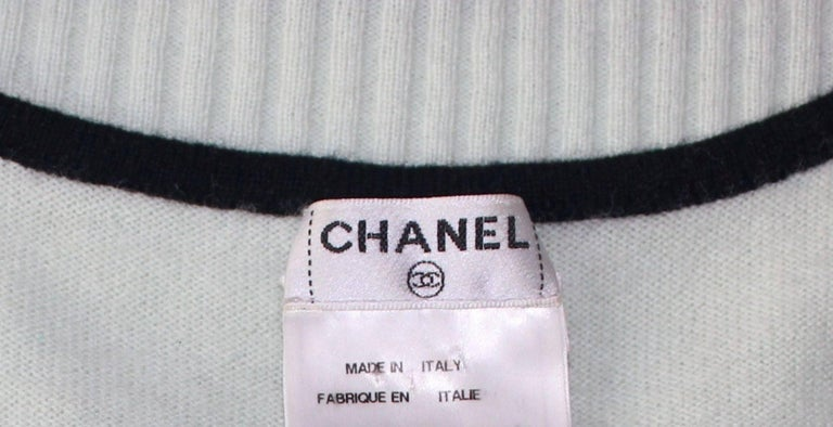 Classy Chanel Signature CC Logo Enblem Cashmere Dress For Sale 1