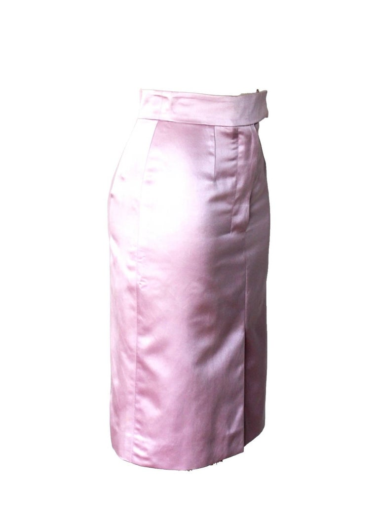 Yves Saint Laurent Rive Gauche by Tom Ford SS 2003 Pink Derriere Skirt In New Condition For Sale In Switzerland, CH