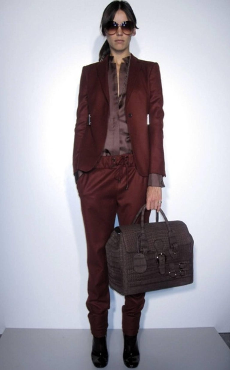Gucci Matte Brown Crocodile XL Weekender Top Handle Bag For Sale 8