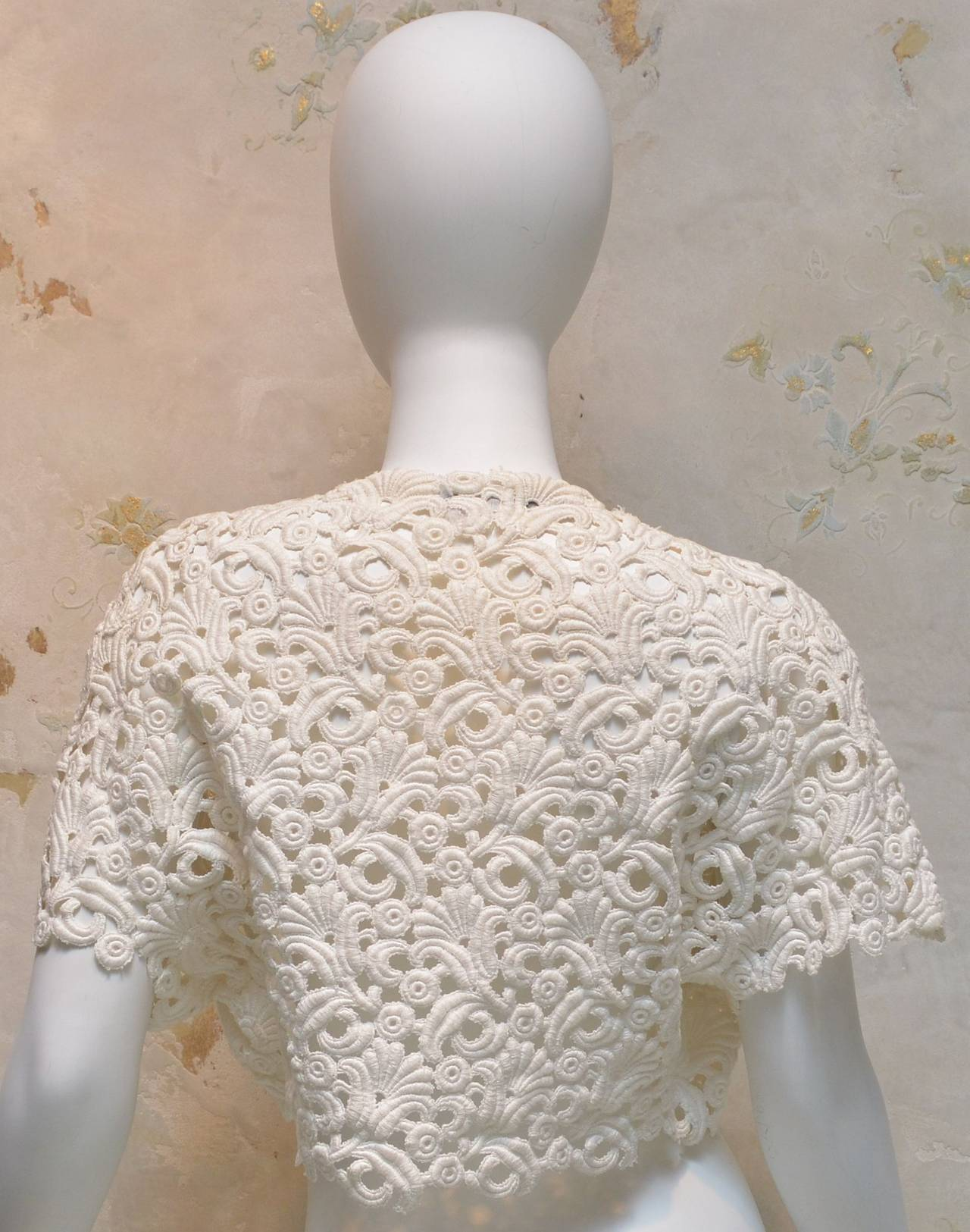 1960's Vintage Chanel Amen Wardy Off White Cream Ivory Lace Bolero Shrug 2