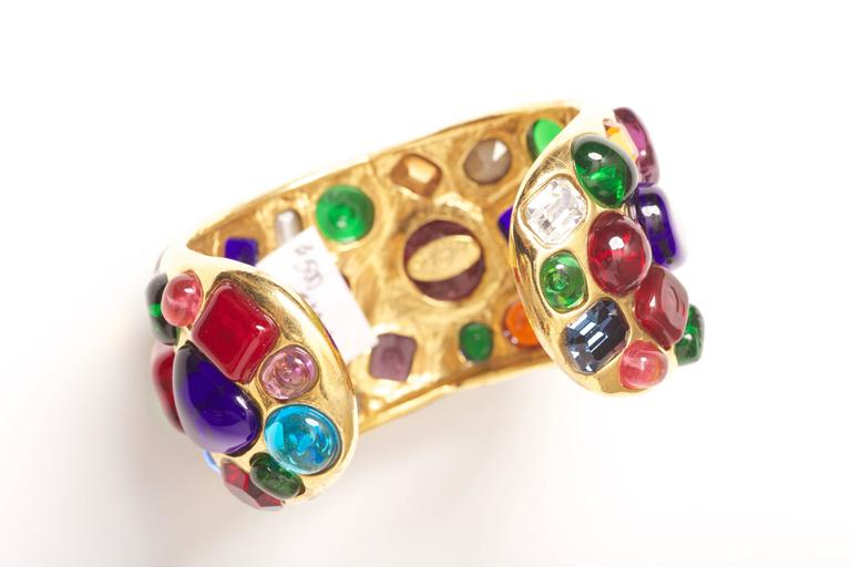 Chanel Gripoix Cuff Bracelet Vintage 1988 In Excellent Condition For Sale In Carmel by the Sea, CA