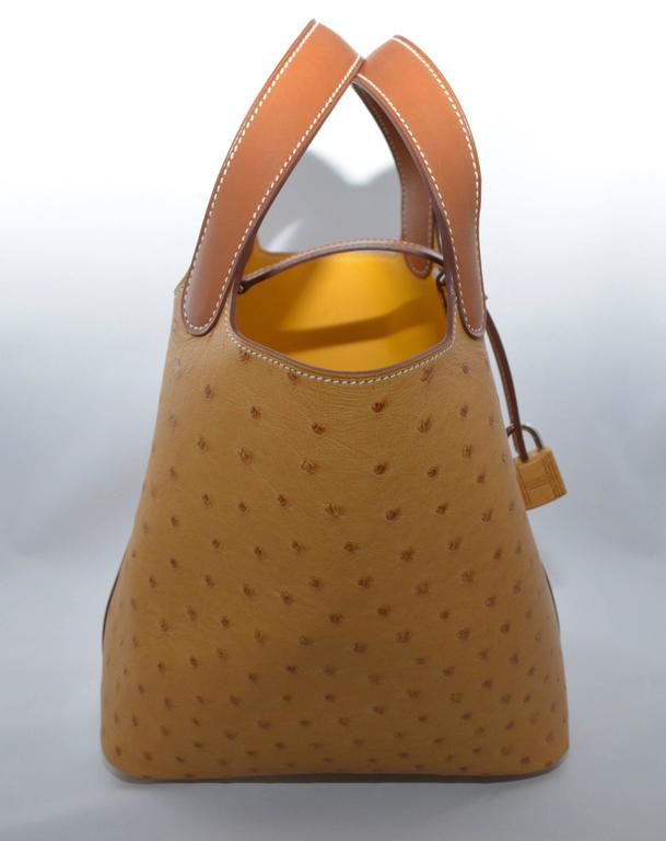 Women's Hermes Gold Ostrich Picotin 18 Jaune Interior For Sale