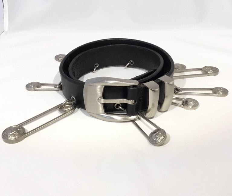 Gianni Versace Medusa Safety Pin Leather Belt For Sale 1