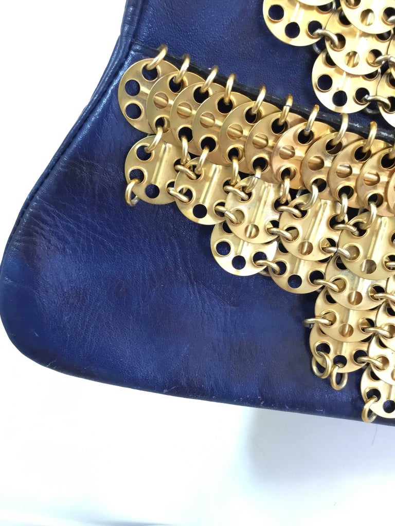 Paco Rabanne Vintage 1960s Leather Bag with Gold Disks For Sale 3