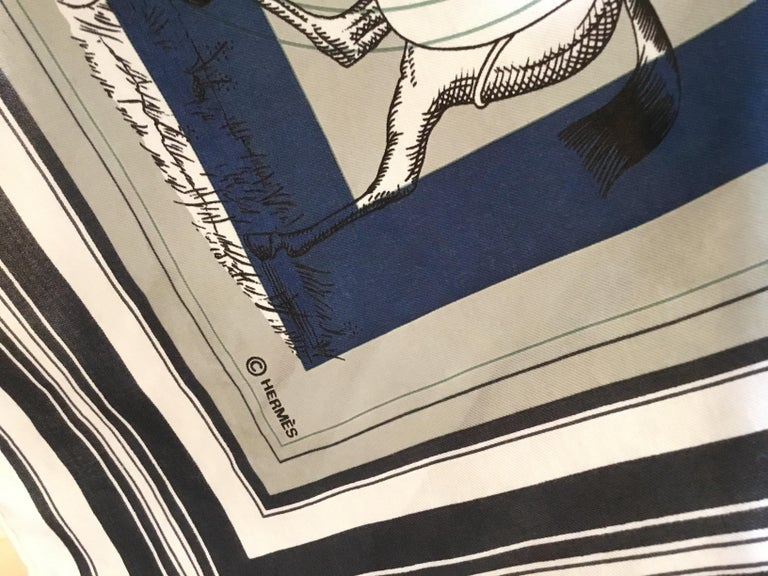 Hermès Couvertures et Tenues de jour Pour Scarf For Sale 3