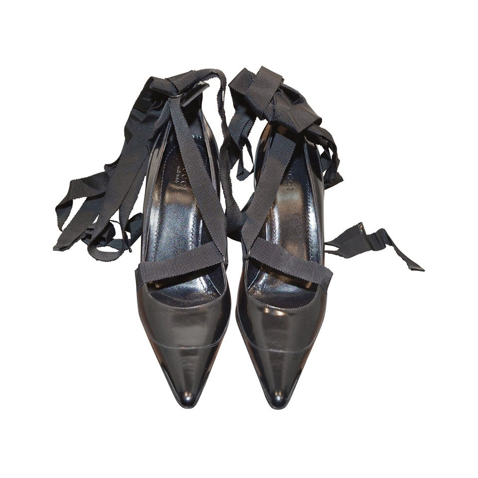 e3b0aacd4 Gucci Tom Ford Era Black Pointy Toe Pumps Ribbon Ankle Tie Leather Heels  For Sale