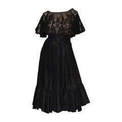 Vinage Oscar de la Renta Black Lace Overlay Peasant Dress