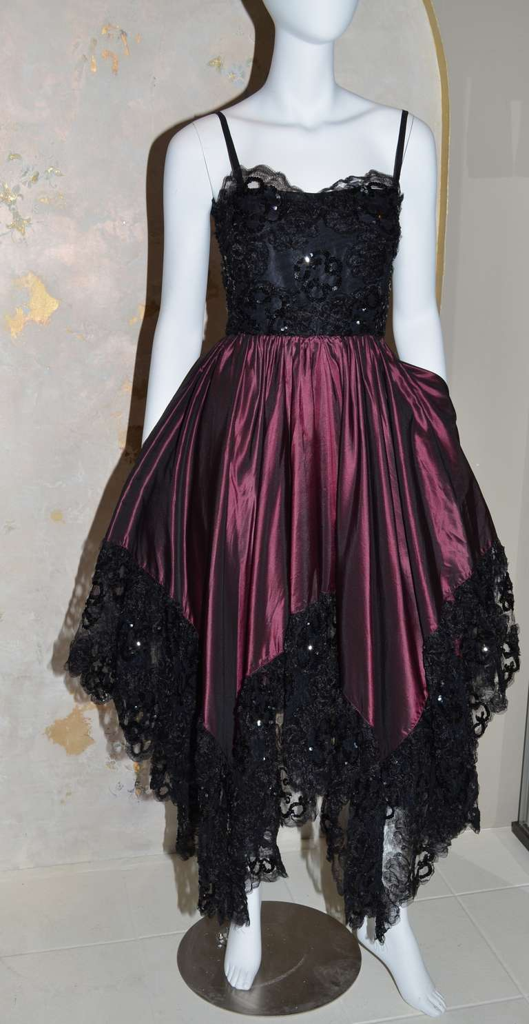 Yves Saint Laurent Vintage YSL Taffeta and Lace Gown In Excellent Condition For Sale In Carmel by the Sea, CA