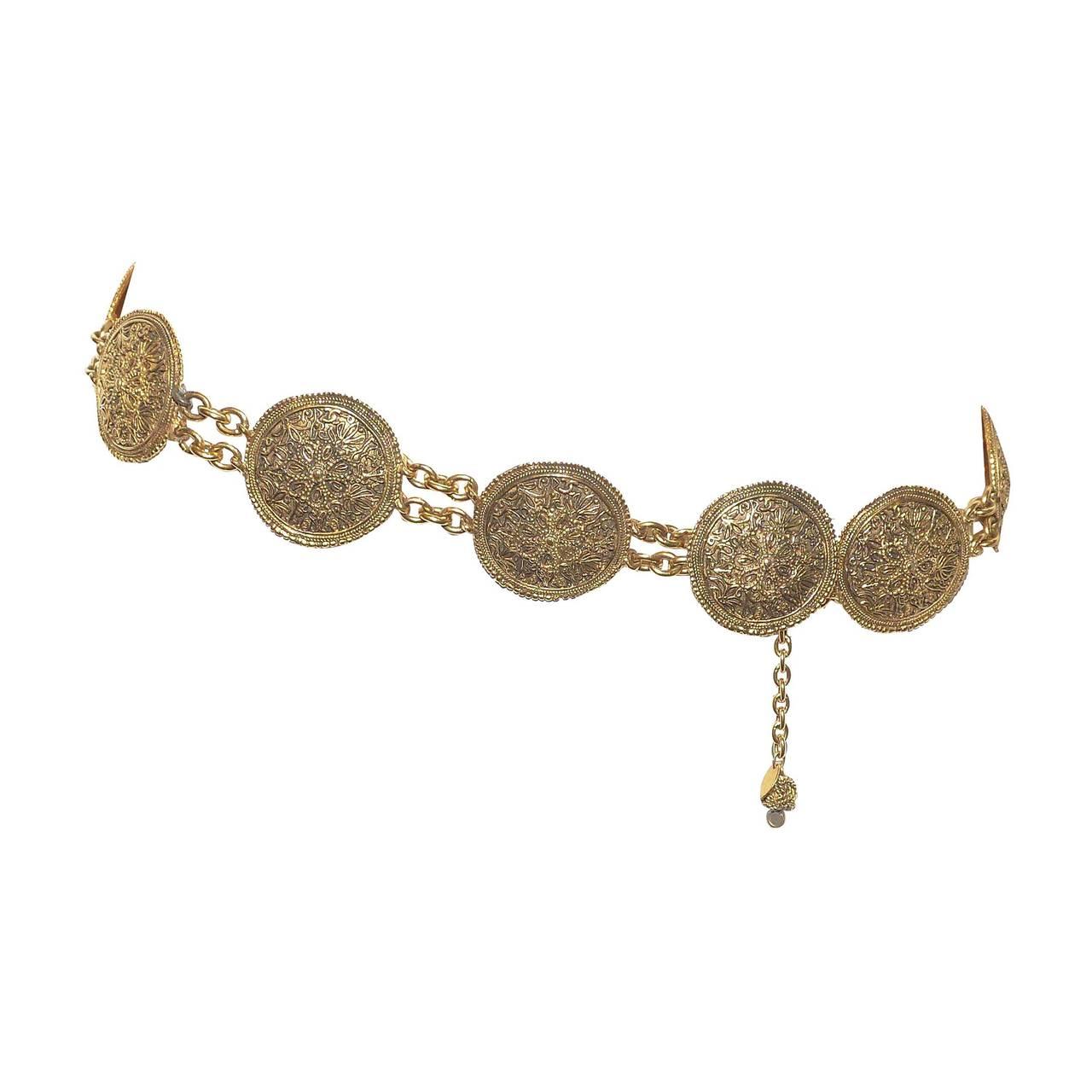 Chanel 1985 Baroque Medallion Chain Belt