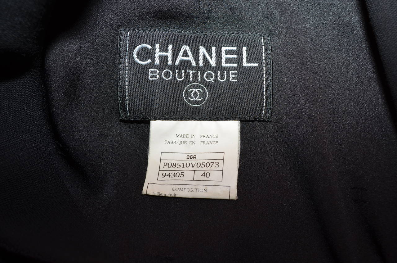 Chanel 1996 A Jacket Skirt Suit Gripoix Buttons For Sale 1
