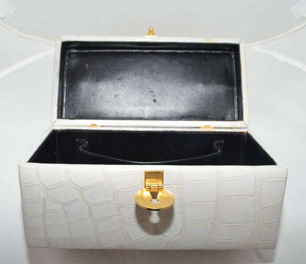 Koret Dove Gray Genuine Alligator Vintage Box Purse 4