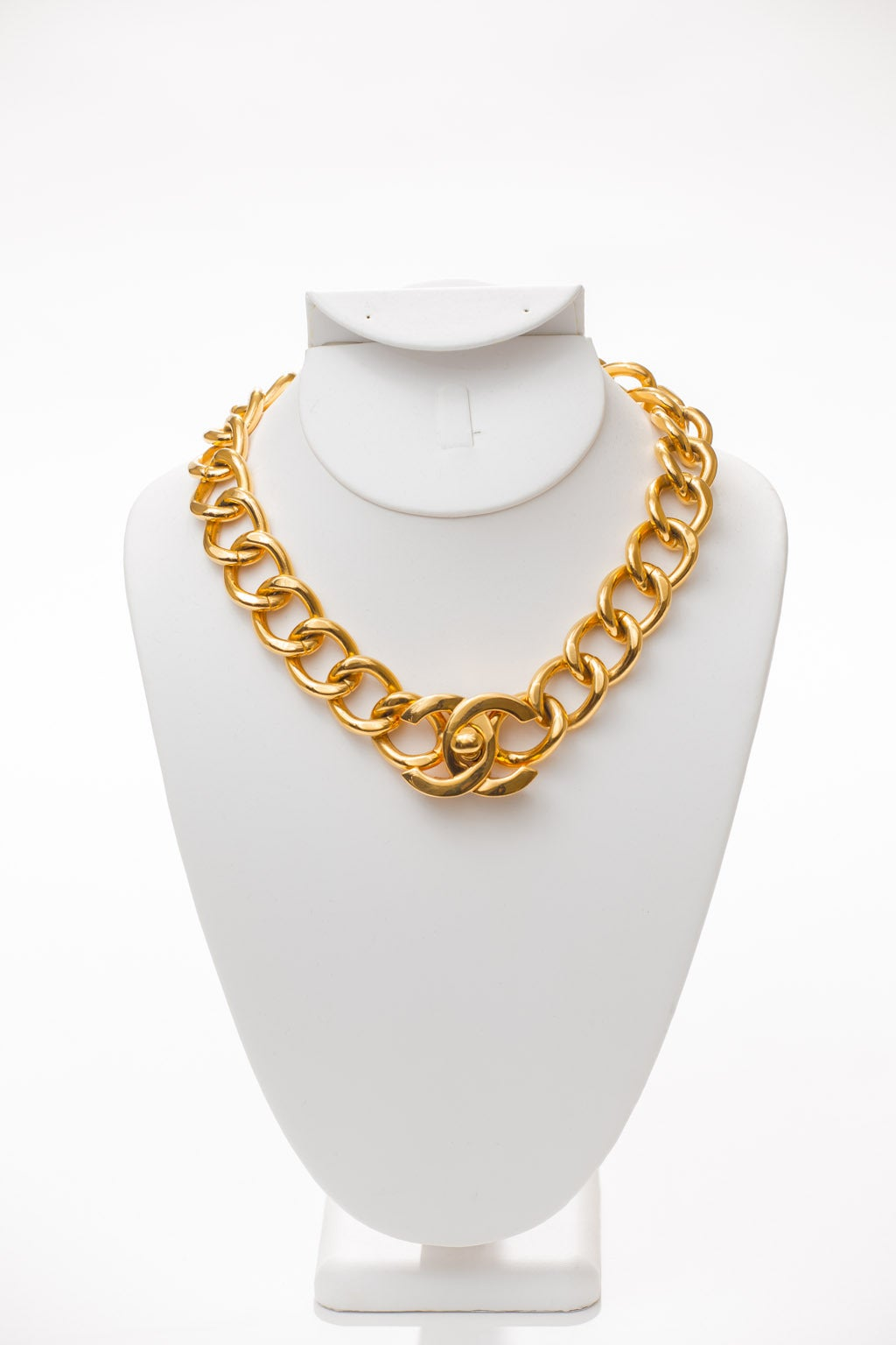 Chanel Choker Necklace 3