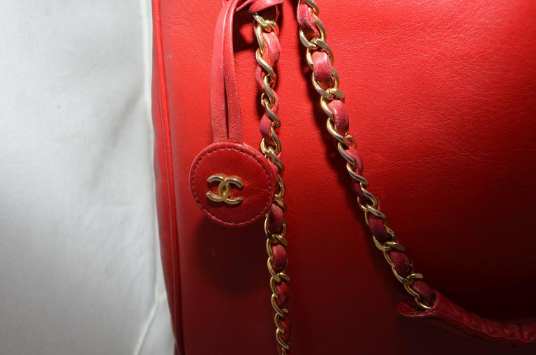 Chanel Red Leather VL Vintage Tote  For Sale 2