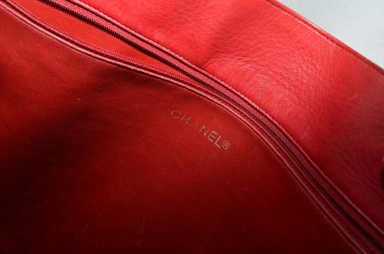 Chanel Red Leather VL Vintage Tote  For Sale 4