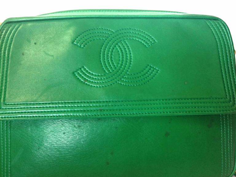Green 1990s vintage CHANEL green lamb leather camera bag style chain shoulder bag. For Sale