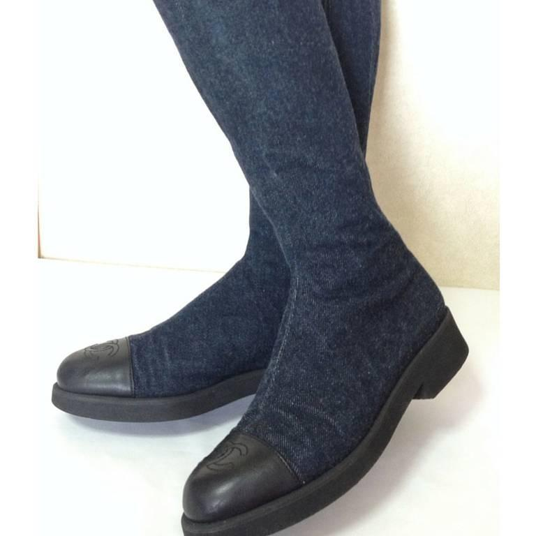 MINT. Vintage CHANEL mid high, black leather and denim combination long boots 2