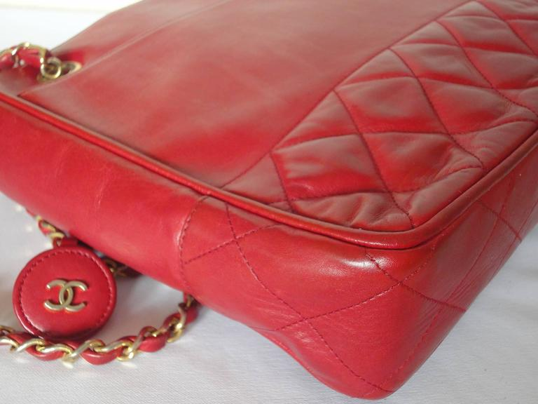 Vintage CHANEL red calfskin classic shoulder tote bag with gold tone chains 5