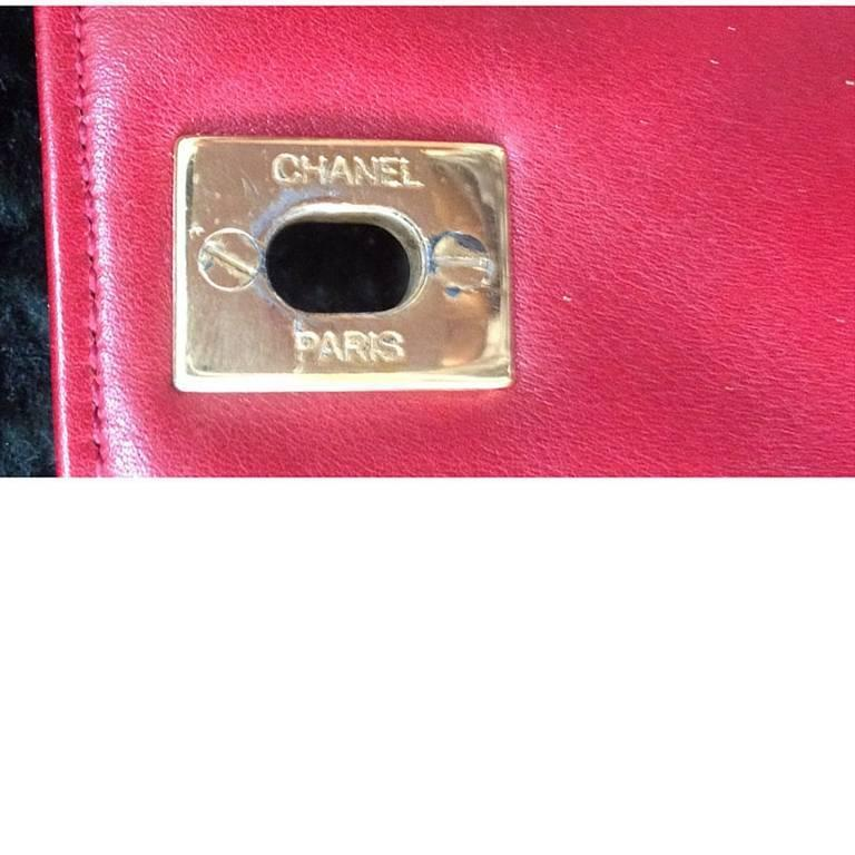 Vintage CHANEL lipstick red lambskin pouch with golden CC closure in chevron V. 5