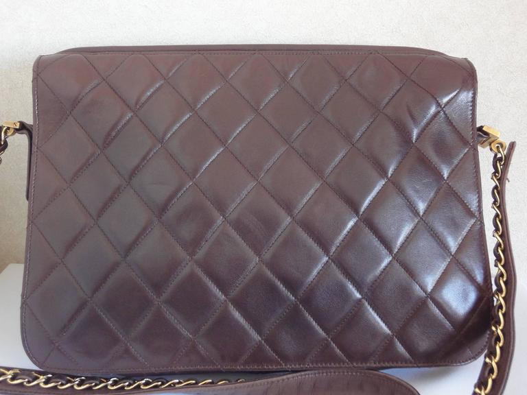 80's vintage Chanel dark brown lambskin shoulder bag with CC motif and chains 2