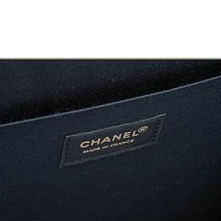 Vintage CHANEL patent enamel tote bag illustration, portrait mademoiselle print. 7
