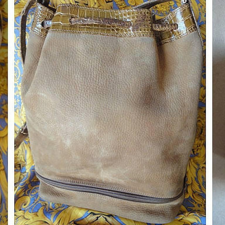 Vintage FENDI tan brown suede leather bucket shoulder hobo bag with Janus motif. 3