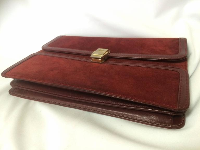 Vintage BALLY genuine wine suede leather clutch bag, mini purse with golden logo For Sale 1
