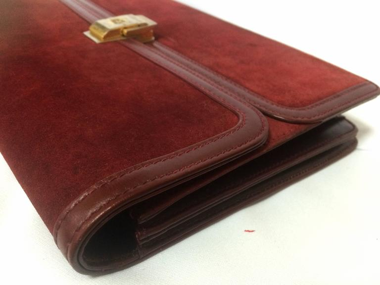 Vintage BALLY genuine wine suede leather clutch bag, mini purse with golden logo For Sale 2