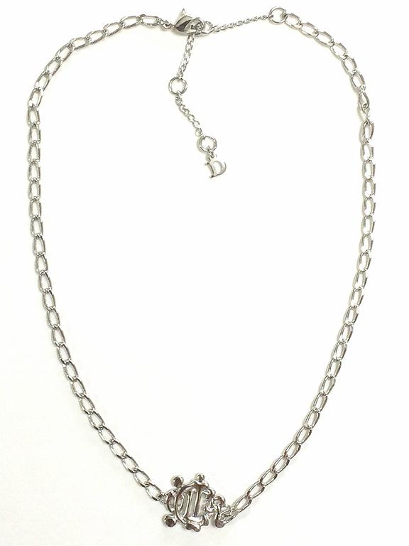 MINT. Vintage Christian Dior silver tone chain necklace with logo motif top. In As new Condition For Sale In Kashiwa, JP