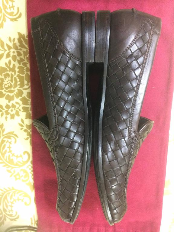 MINT. Vintage Bottega Veneta classic dark brown intrecciato leather shoes. EU38 5