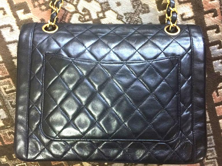 Women's Vintage Chanel black lambskin chain shoulder 2.55 shoulder bag, pentagon flap For Sale