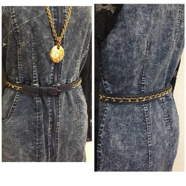 """Women's Vintage CHANEL navy leather belt with gold tone chains. 69~75,27"""" through 29.5"""" For Sale"""