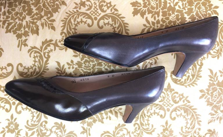 Vintage Salvatore Ferragamo grey and dark brown leather pumps with snakeskin. 8D 4
