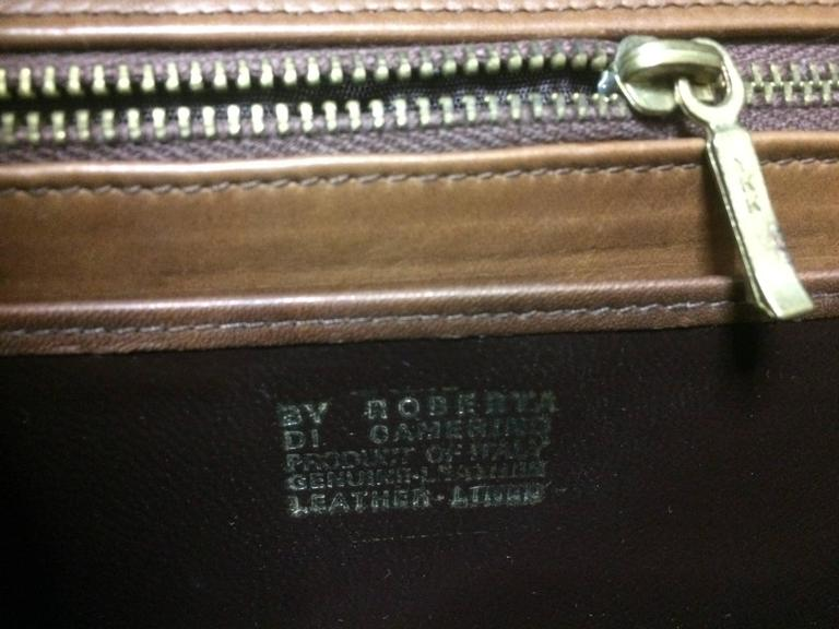 Vintage Roberta di Camerino brown leather chain shoulder bag with golden R logo  For Sale 4
