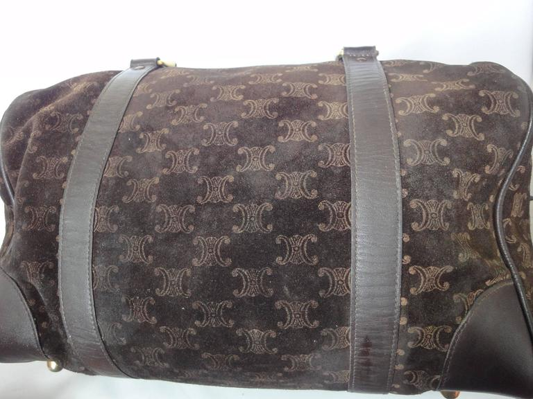 Vintage Celine genuine dark brown suede leather mini duffle, speedy type handbag In Good Condition For Sale In Kashiwa, JP