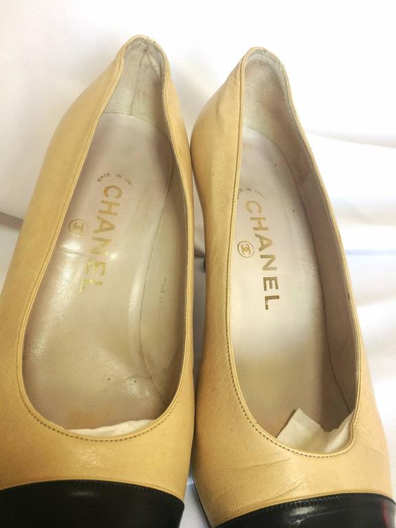 Vintage CHANEL beige and black leather shoes, classic pumps.  EU 36, US5.5.  3
