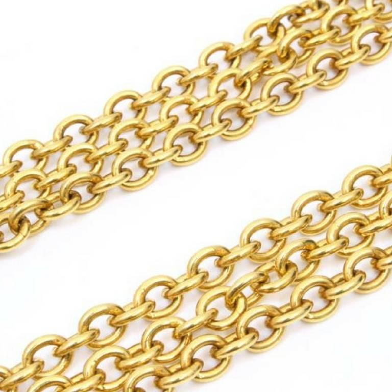 Vintage CHANEL golden double chain long necklace with classic 2.55 bag charm. For Sale 4