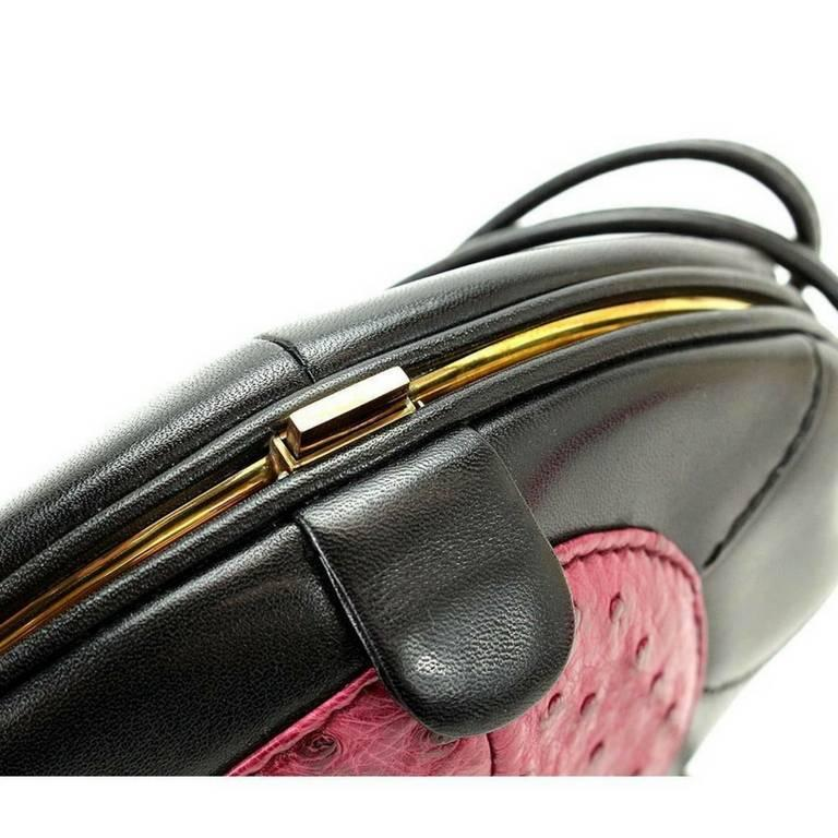 Women's 1980s. Vintage BALLY cute duck design black and pink ostrich leather mix bag. For Sale