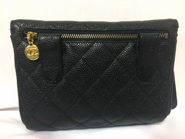 MINT. Vintage CHANEL black caviar leather purse pouch. Can be waist bag. For Sale 1