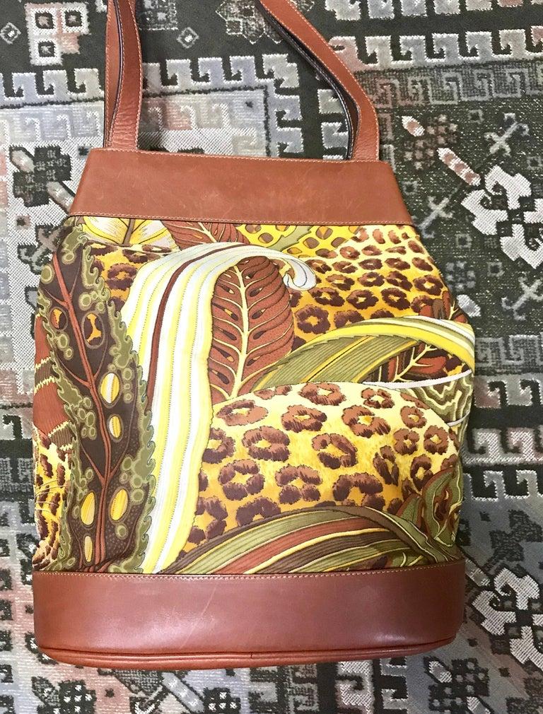 Salvatore Ferragamo Vintage Leopard In Safari Print And Brown Leather Hobo Bag pZExl