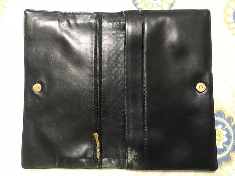 Women's or Men's Vintage Bottega Veneta intrecciato navy and green large clutch bag, unisex purse For Sale