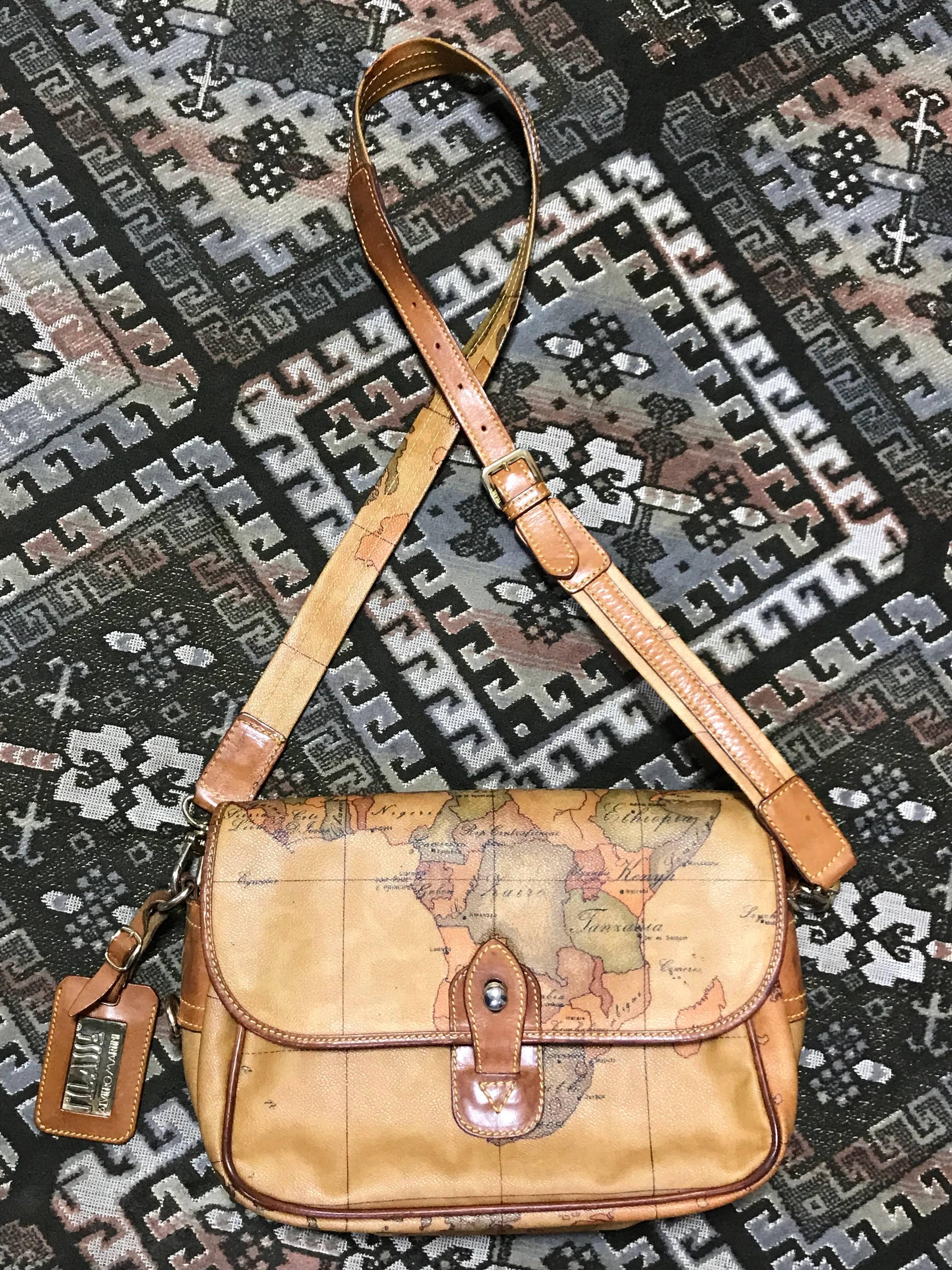 1stdibs Alviero Martini Prima Classe Vintage Messenger Type Classic Shoulder Bag b65eHb8V