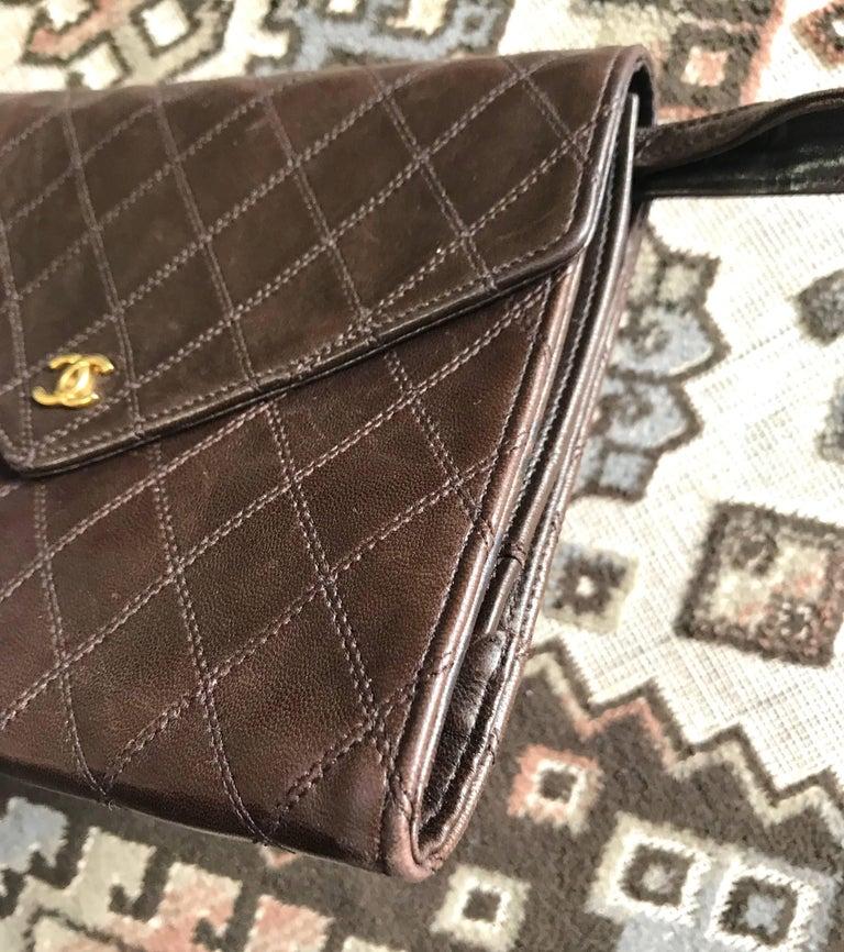 Women's or Men's Vintage CHANEL brown clutch bag, wallet, bill, checkbook, iPhone case purse.  For Sale