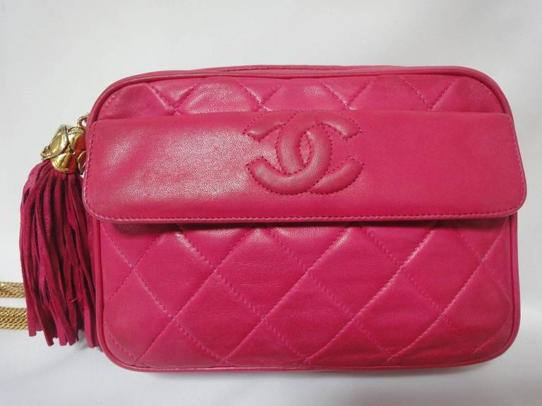Vintage CHANEL pink lambskin camera bag style jewelry chain shoulder bag. 2