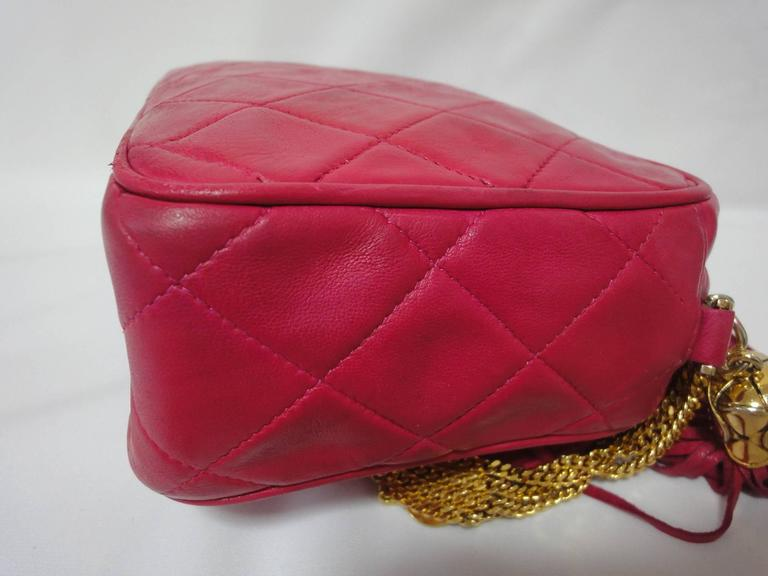 Vintage CHANEL pink lambskin camera bag style jewelry chain shoulder bag. 6