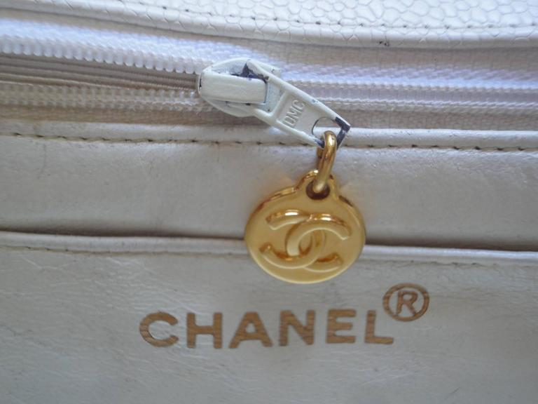 Vintage Chanel classic 2.55 white caviar leather square shape chain shoulder bag 7