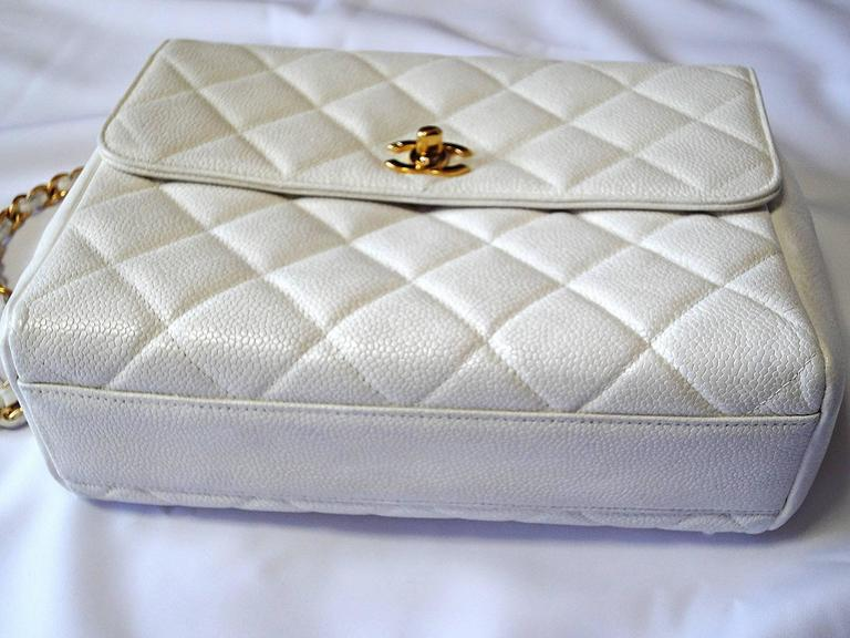 Vintage Chanel classic 2.55 white caviar leather square shape chain shoulder bag 4