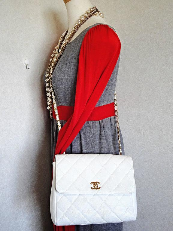 Vintage Chanel classic 2.55 white caviar leather square shape chain shoulder bag 10